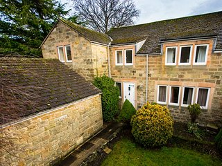 PK936 Cottage in Rowsley, Stonedge