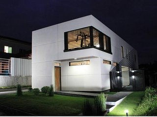 Modern Minimalist House Near SM,Samal & Airport, Davao City