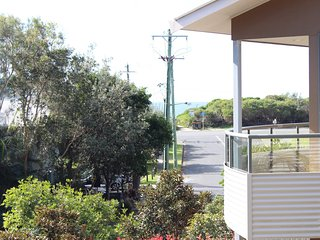 BOOM 5   -  5/11-13 Redgum Road Boomerang Beach, Blueys Beach