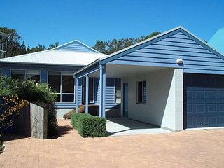 POINT BREAK - WEEKLY ONLY 2/64 Belbourie Cres Boomerang Beach, Blueys Beach