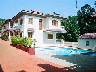 4 Bedroom Villa In Parra, Goa, Candolim