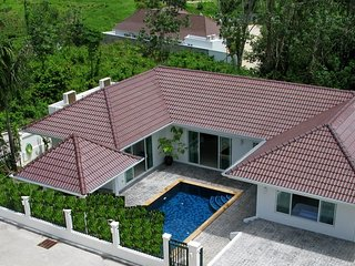 Private Pool Villa 4 bedrooms Green area