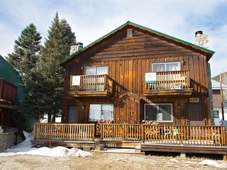Claim Jumper A-Frame #4 - Duplex In Town, Ski In/Out, On the River, Near Ponds, WiFi, Washer/Dryer, Red River