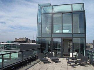 Stunning Quartermile Penthouse, Edinburgh