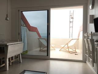 EXCLUSIVE open terrace on beach & 2 bedrooms, Las Palmas de Gran Canaria