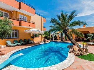 Villa de 5 hab, vistas al mar y a 1.5km de Ibiza, Sant Josep de Sa Talaia
