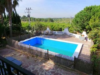 Private Villa with pool in Valencian Countryside