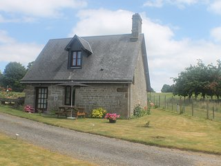 16th Century Stone Cottage, Vire-Normandie