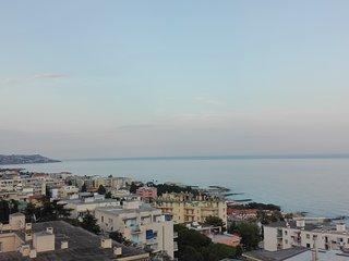 ATTICO - Luxory ATTICO vista mozzafiato sul mare, Sanremo