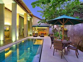 Luxury 4 Bedroom Seminyak Centre
