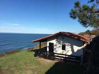 Casa-loft en un acantilado!, Tazones