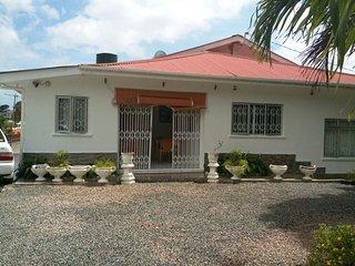 Villa completa, prezzo per camera 64E