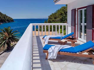 Lovely Villa Oleandra for 14 people, Hvar