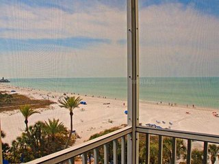 Beachfront - Gulf View! 2 BR/BA Crescent Arms 603S, #1 Beach in the US., Siesta Key
