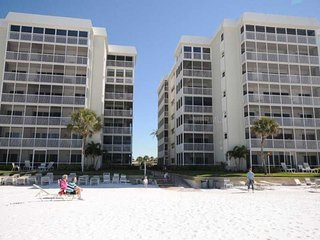 Beachfront - Gulf View! 2 BR/BA Crescent Arms 603S, #1 Beach in the US.