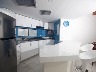 APARTAMENTO AMPLIO CÉNTRICO  303 BAY POINT