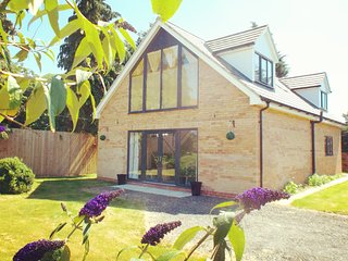 Brand New Cottage. Ten  minutes from York