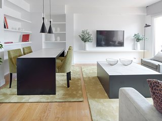 Easo Attic Apartment by FeelFree Rentals, San Sebastián - Donostia