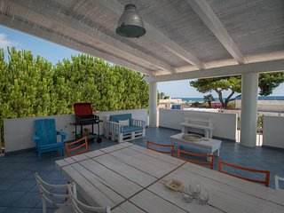 VILLA CATERINA, sea-front villa with direct access to beach