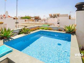 Teodosio Terrace. 3 bedrooms, 3 bathrooms, terrace & private pool