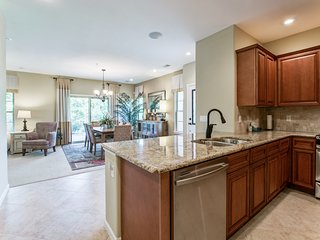 3 Bed 2.5 Bath Beautiful Tuscan Condo!!!