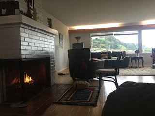 Huge home with great views close to bart, El Cerrito