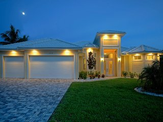 Villa Yellow Paradise, Cape Coral