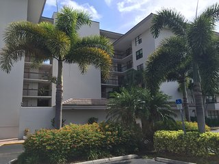 South Seas Condo — Close to Beach