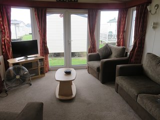 Stunning Luxury caravan located close to the seaside town of Great Yarmouth