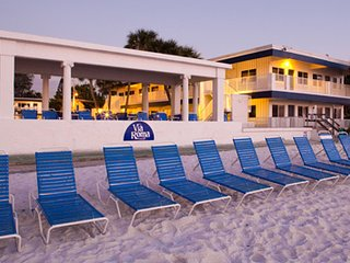 Quaint Florida Resort, Bradenton Beach