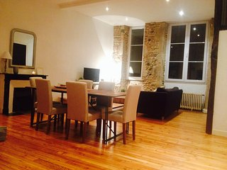 Apartments in Pau-Quartier du chateau-WIFI-confort