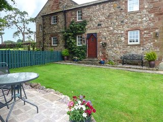 WESTGATE COTTAGE sandstone cottage, romantic, pet-friendly, good touring location, Appleby-in-Westmorland Ref 939689