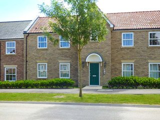 THE ESCAPE PAD, ground floor apartment, WiFi, direct access to beaches, on-site facilities, Filey, Ref 940767
