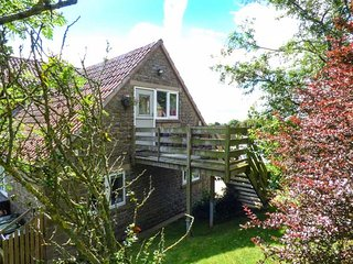 BOONHILL APARTMENT first floor apartment, open plan, en-suite, edge of North York Moors National Park, in Fadmoor Ref 940141