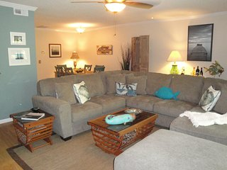 Perfect Family Vacation Bi-Level Townhouse, Isla de Saint Simons