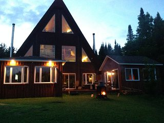Daniel relaxing cottage, Lise (B & B) + Sauna + Spa Treatments, Boileau