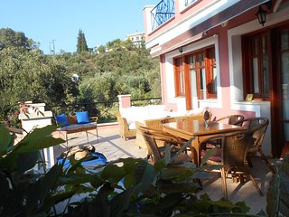 Villa Eliza - Private villa in secluded location with amazing views and annex