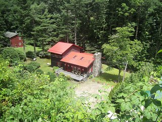 Fabulous 3BR/2BA Lodge on Roaring Creek, Maggie Valley