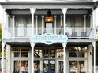 Shopkeeper's Inn Luxury B&B, Fredericksburg
