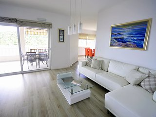 Luxury seaview three bedroom apartment Babic