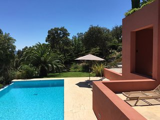 Beautiful modern villa with panoramic sea view, Grimaud