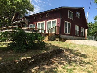 Arbuckle Lake views,sleeps 13, near Turner Falls 5 bedrooms, Sulphur