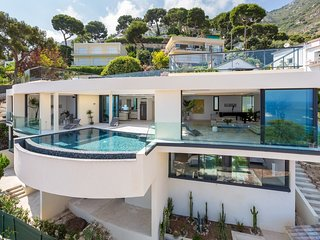 Villa Eze Big Blue Luxury villa on the French Riviera, Riviera villa for rent wi