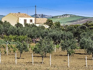Villa Juno holiday vacation villa rental italy, sicily, trapani, pool, view, air conditioning, wi-fi, near erice, short term long t, Paceco