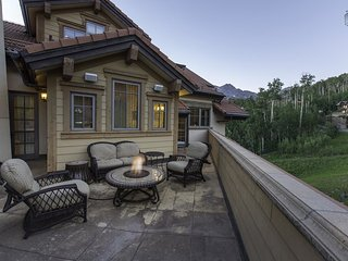 Penthouse condo right in the core with views of the slopes - Heritage Crossing Penthouse, Mountain Village