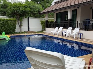 Villas for rent in Hua Hin: V6245