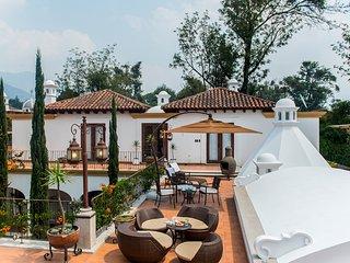 Casa Unica, Antigua