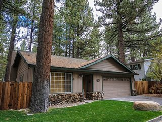 Beach, Golf, Ski, Casinos - South Lake Tahoe Home