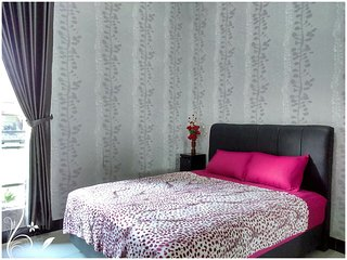 de Azure Bed n Breakfast clean and modern room, Bantul