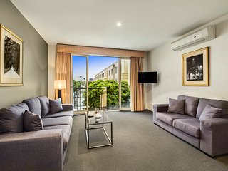 QUEST PRAHRAN TWO BEDROOM APARTMENTS